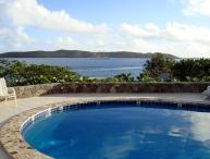 A 2-minute walk from beaches, restaurants and nightlife, this villa is situated above Clarke Rock in Leverick Bay. VG EUP