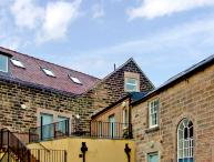 8 TAWNEY HOUSE, romantic, country holiday cottage in Matlock, Ref 2401