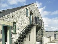 THE NEST, pet friendly, country holiday cottage, with a garden in Buxton, Ref