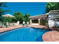 Villa Alison, 5 bed with ensuite bath/shower, large private pool, great bbq area