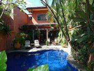 Private luxury villa- across from beach, private pool, tropical landscaping