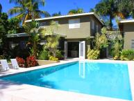 Sea Patch - Tropical Gardens, Pool, Steps to the Beach