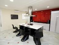 Stunning kitchen - 5BR Paseo de Gràcia Red Carpet