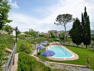Tigli #5, flat near Montepulciano with 2 bedrooms. A/C, Wi-Fi and swimming pool