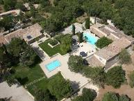 Luberon 5 Bedroom French Country House with a Pool, Gordes