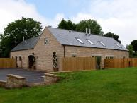 HEYTHROP, family friendly, luxury holiday cottage, with a garden in Farley Near