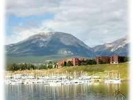 Marina Place Condo - lake views!