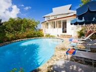 Hummingbird Villa - Ideal for Couples and Families, Beautiful Pool and Beach