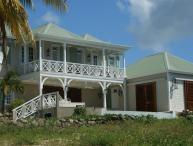 Beautifully Decorated Waterfront Villa