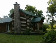 ROMANTIC / LUXURY 1850's Massanutten Springs Cabin/ Massanutten Boat Landing