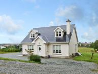MOUNTAIN VIEW COTTAGE, family friendly, country holiday cottage, with a garden