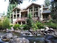 Platinum Rating, Luxury Creekside Home (208384)