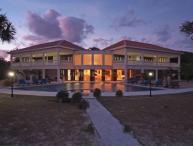 Villa Champagne - Barefoot Luxury
