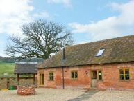 THE MILKING PARLOUR, pet friendly, luxury holiday cottage, with a garden in