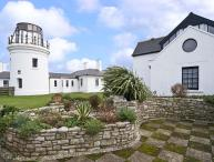 OLD HIGHER LIGHTHOUSE BRANSCOMBE LODGE, family friendly, character holiday cottage, with pool in Portland Bill, Ref 12497