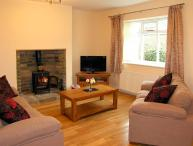 HOUGHTON NORTH FARM COTTAGE, family friendly, country holiday cottage in Heddon-On-The-Wall Near Hexham, Ref 10513