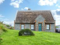 RUSHEEN COTTAGE, pet friendly, character holiday cottage, with a garden in Lahinch, County Clare, Ref 10483