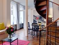 Apartment Invalides holiday vacation short term long term apartment rental franc