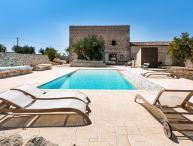 Villa Ragusa Villa rental in Sicily, vacation rental Sicily, holiday let in Sicily, private villa with pool in Sicily