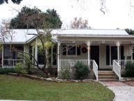 Creek Street: Cottage