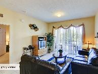 Windsor Hills 3 Bedroom Condo, Less Than 2 Miles to Disney
