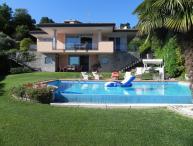 Modern Villa with Views of Lake Maggiore - Casa Meina