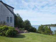 Seaside Cottage, 4 BRs, Private Beach, Great Views