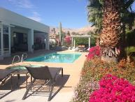TAM286 - South Palm Desert Close to El Paseo - 4 BDRM + DEN, 4 BA