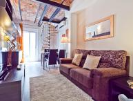 Beautiful 1 Bedroom Penthouse in Gracia