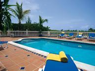 BELLE MER...  hillside villa, 3 min to Orient Beach!