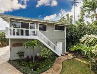 A modern 3 bedroom, 2 bath home | Hanalei Bay - Winter Specials!