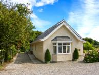 BEDW ARIAN COTTAGE detached, all ground floor, high quality cottage in Benllech