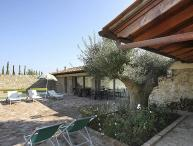 Private villa with pool, A/C & WiFi. 3 bedrooms near Montaione, Villa Tranquilla