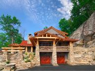 4BR Luxury Home In The Lodges at Eagle`s Nest, Long Range Views, 3 King Suites, Theater Room, Pool Table, Minutes to Banner Elk