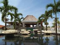 Mahapala, Luxury 1 Bedroom  Villa, beach-side, Sanur