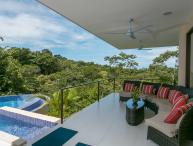 Daily Monkey visits! Luxury Home located in the heart of Manuel Antonio!