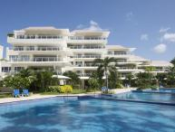 Luxury 3 Bed Beachfront Condo - Pool/Gym