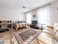 Modern studio apartment near the Old Town