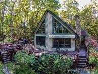 Beautiful & Inviting 4 Bedroom Chalet Close to all Area Activities!