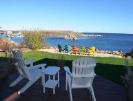 Sunrise on the Cove: Unobstructed 180 degree views of Pigeon Cove