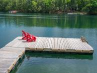 Family Getaway on Pristine Clear Lake Chain