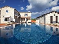 Luxury villa with pool for rent in Istria
