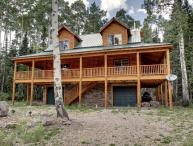 Whispering Pines Lodge - Beautiful cabin and surrounded by trees