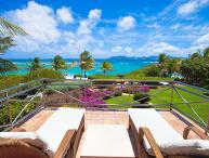Exquisite views of the Sea and St. Barts and St. Martin from this villa, sheltered by Cinnamon Reef. LHE IND