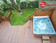 Family Friendly House with a Jacuzzi - 5796