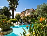 06.270 - Villa with Pool i...