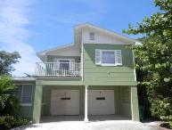 Cedar Getaway Apartment- 102 Cedar Ave Apt., Anna Maria