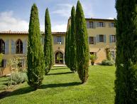Hilltop property with views of surrounding vineyards and olive groves. Contemporary, boutique- style restoration. SAL MAL