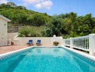 Lovely 5 Bedroom Villa overlooking Oyster Pond & Dawn Beach