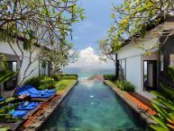 OWOW 4 BR Ocean View Villa Nusa Dua